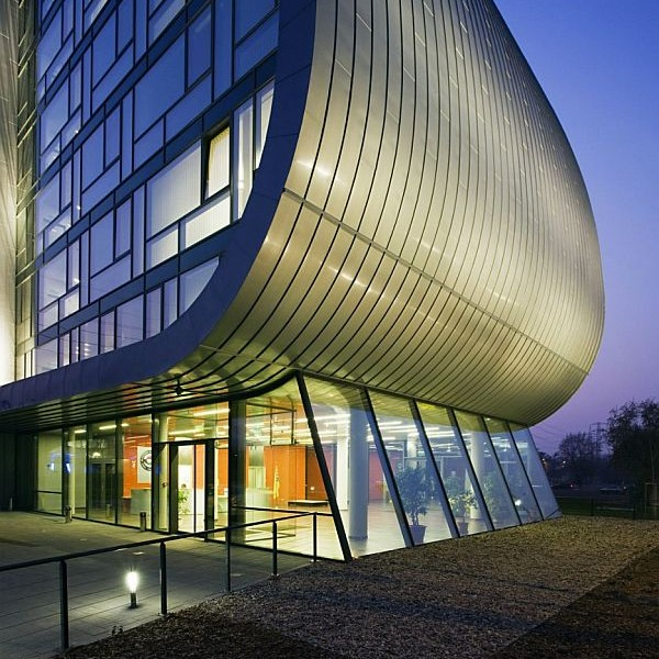 Ấn tượng biệt thự nhà phố hiện đại ở Budapest, Hungary 4