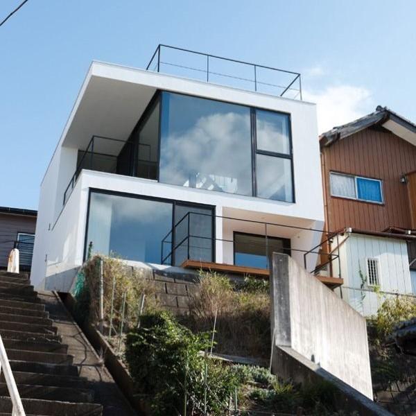 Mẫu nhà phố 3 tầng trên một sườn đồi ở Tokyo , Nhật Bản. 2
