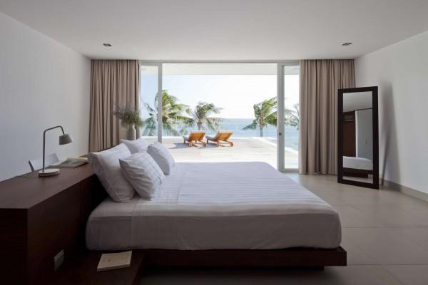 Thiết kế biệt thự cạnh biển mát mẻ với nội thất sang trọng