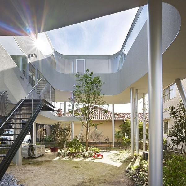 Thiết kế nhà phố ấn tượng và bắt mắt tại Hiroshima, Nhật Bản 2
