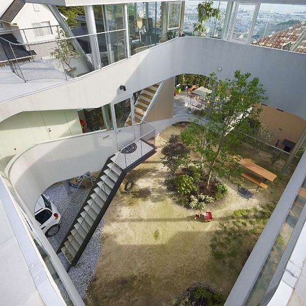 Thiết kế nhà phố ấn tượng và bắt mắt tại Hiroshima, Nhật Bản 3