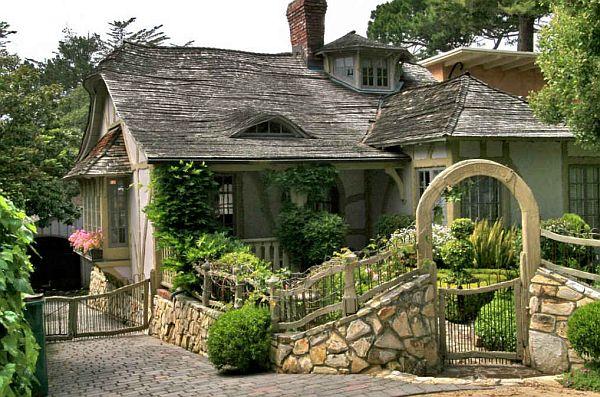 Mẫu biệt thự đẹp nhà vườn cổ tích ở California