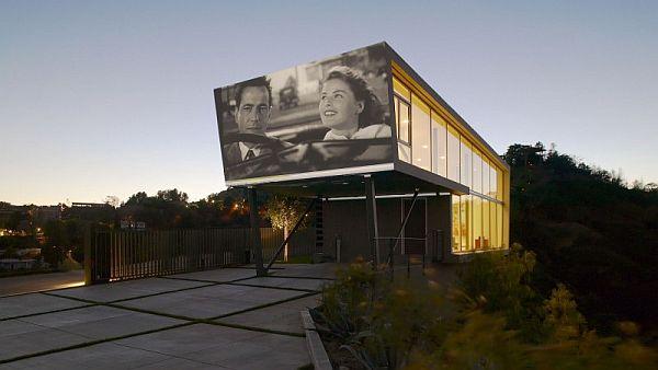 Mẫu nhà phố tuyệt đẹp has rạp phim ngoài trời at Hollywood Hills
