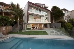 Thiết kế biệt thự 3 tầng có bể bơi ở Sydney, Australia