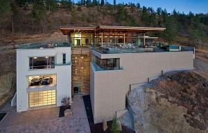Thiết kế biệt thự ấn tượng nằm bên đồi ở Canada.
