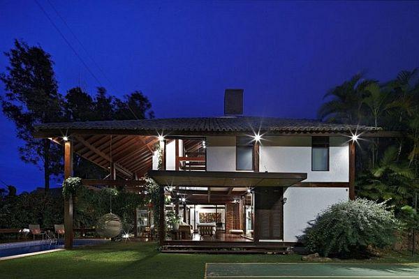 Thiết kế biệt thự tuyệt đẹp có bể bơi ngoài trời ở Brazil