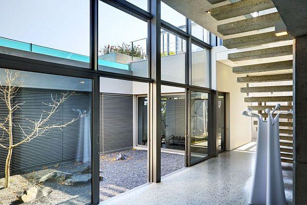 Thiết kế nhà phố 1 trệt 1 lầu ở Nam Phi 4