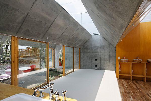 Thiết kế nhà phố có không gian tươi mát ở Nhật Bản 5
