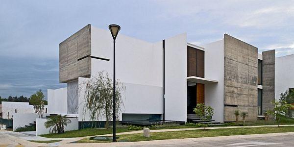 Thiết kế nhà phố đẹp bắt mắt của kiến trúc sư Agraz 2