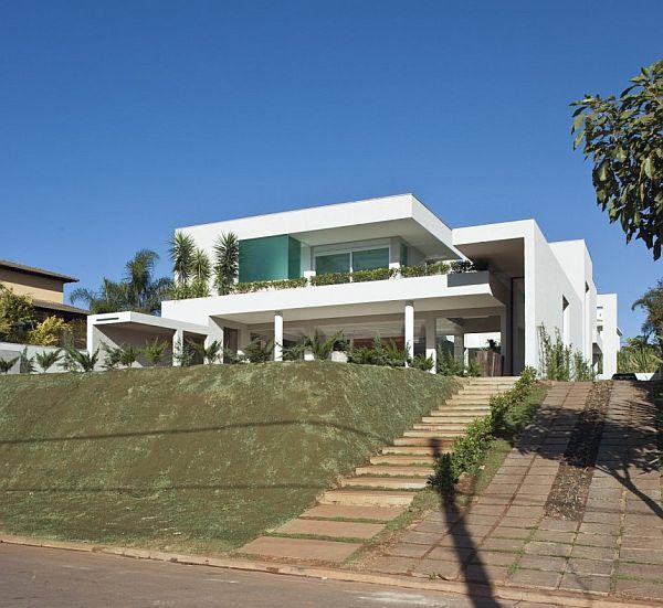 Thiết kế nhà phố hấp dẫn và xinh đẹp ở Brazil 2