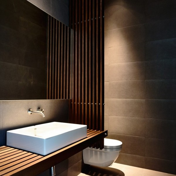 wood-slat-bath-600x811